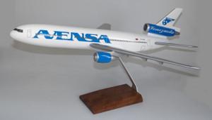 Avensa DC-10