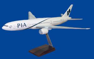 PIA B777