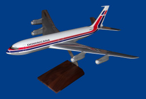 Dominicana B707-320B
