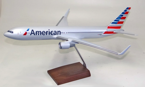 American Airlines B767-300