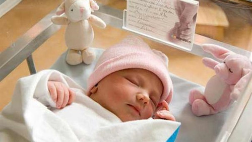 10 Tips For Visiting A Newborn In Hospital