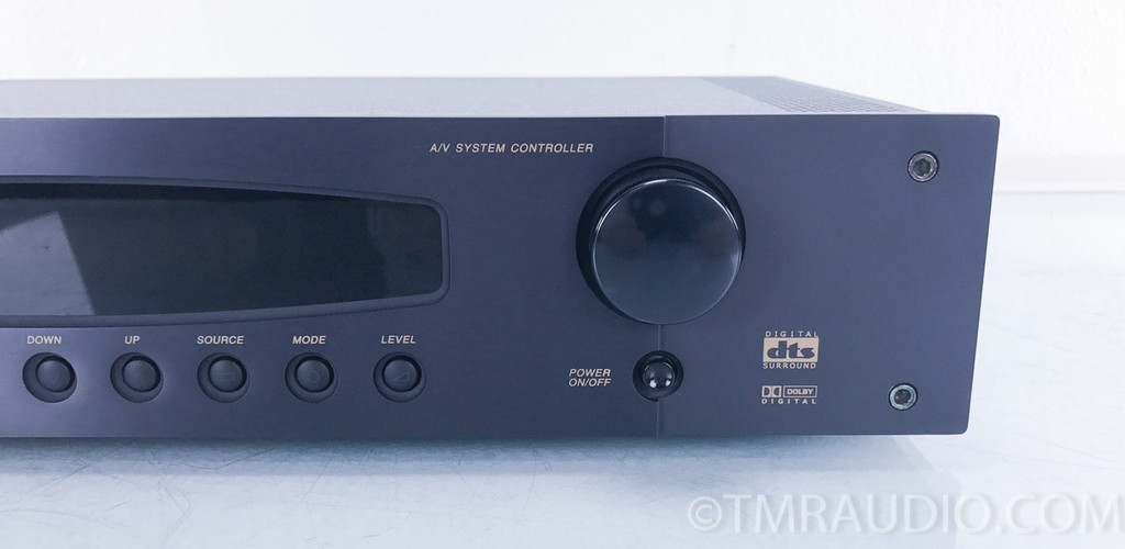 B&K Components Reference 20 5.1 Channel Surround Preamplifier / Processor