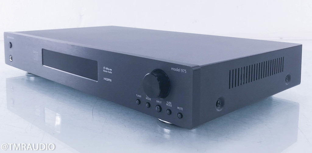 Outlaw 975 7.1 Channel Home Theater Preamplifier / Processor