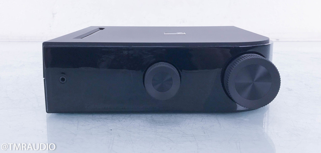 NAD D7050 Stereo Integrated Amplifier; D-7050