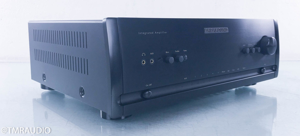 Parasound Halo Integrated Stereo Amplifier; Black; Remote