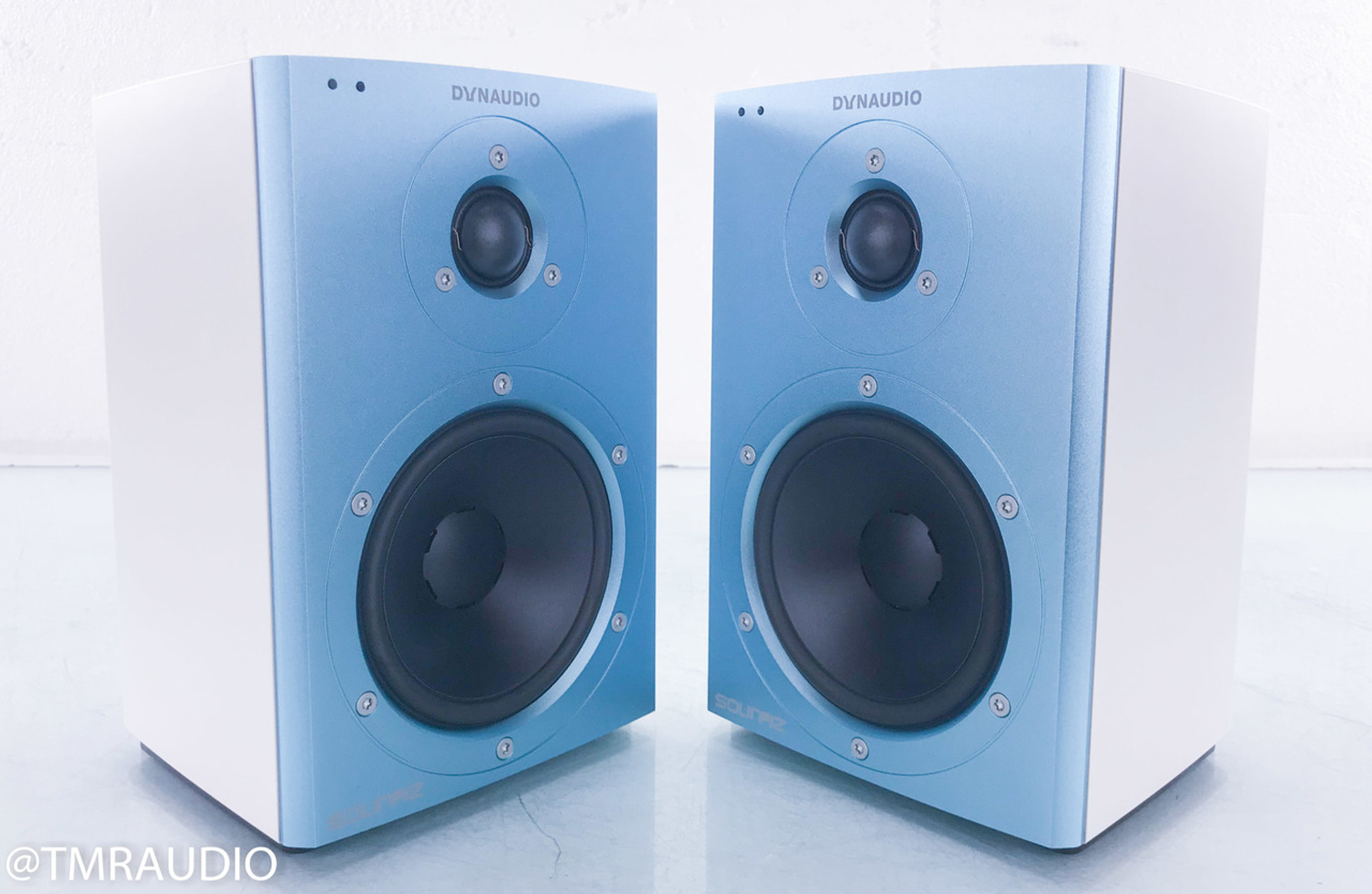 Dynaudio Xeo 2 Powered Wireless Bookshelf Speakers Bluetooth