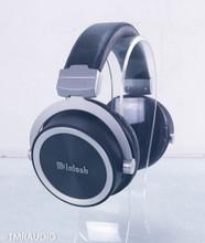 McIntosh MHP1000 Closed-Back Headphones; MHP-1000