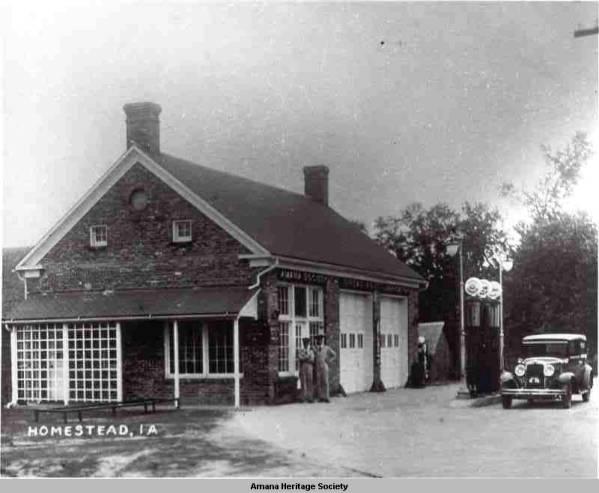 1932-gas-station.jpg