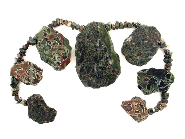 60 Count Varied Size Green African Jasper Polished Slabs And Chips (Sale)