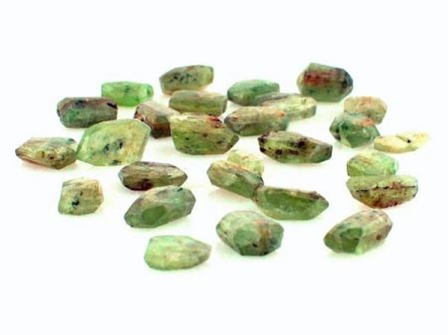 60 Count Small Green Kyanite Simple Cut Beads (Sale)