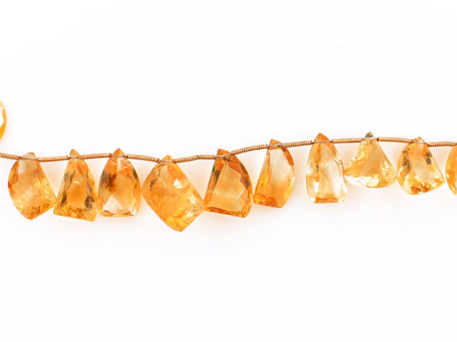 21 Count Graduated Citrine Faceted Fancy Shape (Sale)