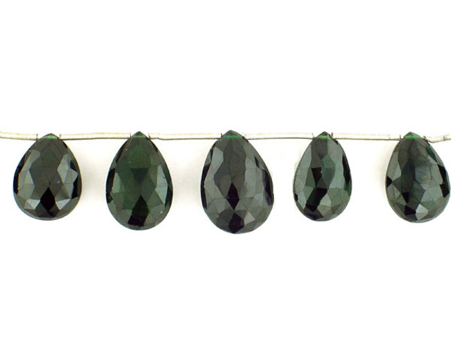11 Count Graduated  Green Cz Faceted Pear (Sale)