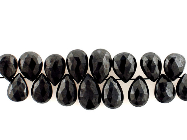16 Count Graduated Black Cubic Zirconia Long Faceted Pears (Sale)
