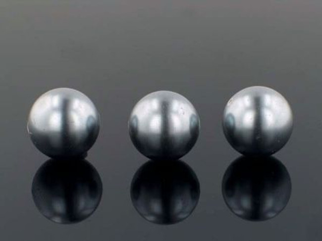 23 Count 18mm Silver Shell Pearls (Sale)
