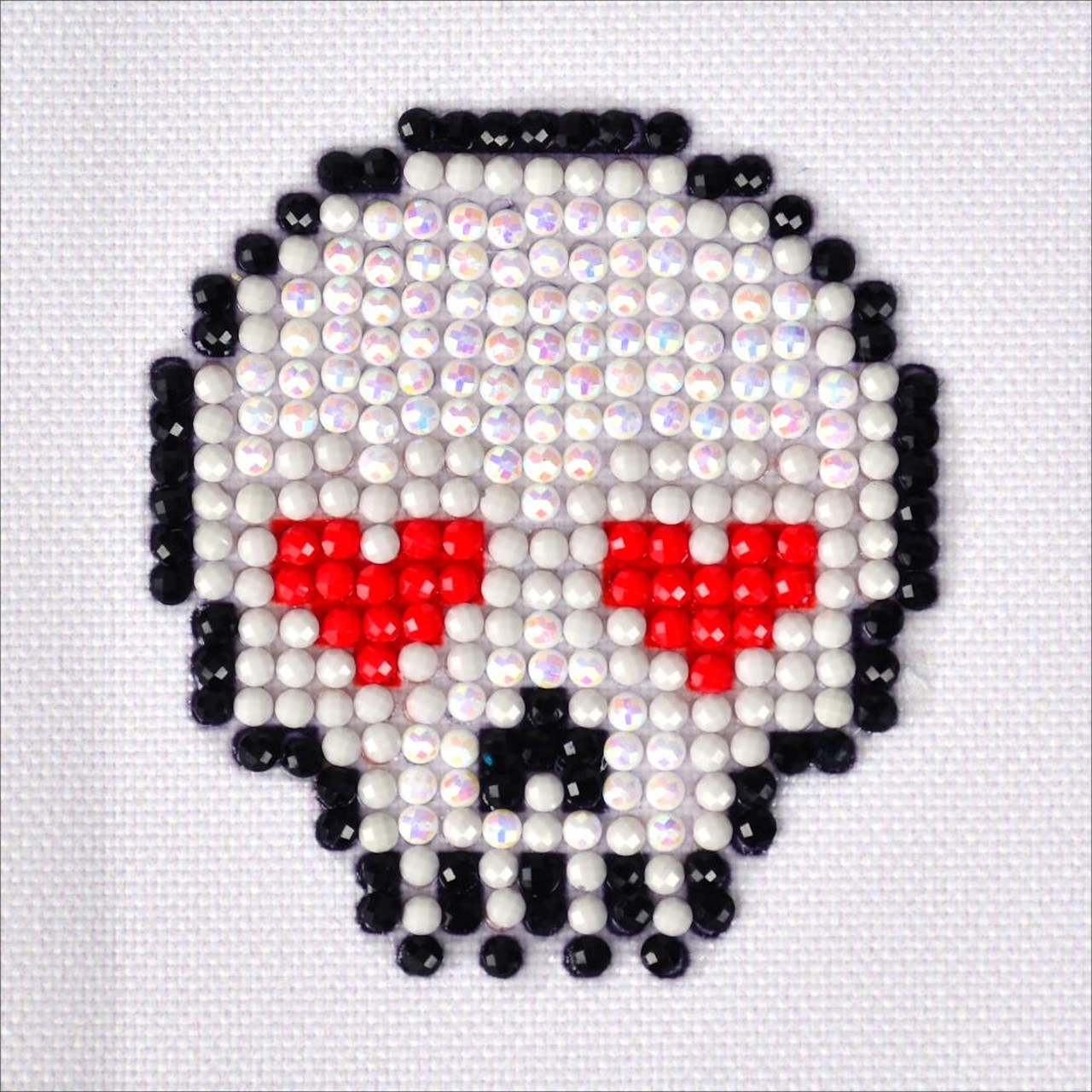 Diamond Dotz - Sugar Skull - CrossStitchWorld