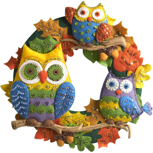 Plaid / Bucilla - Owl Wreath