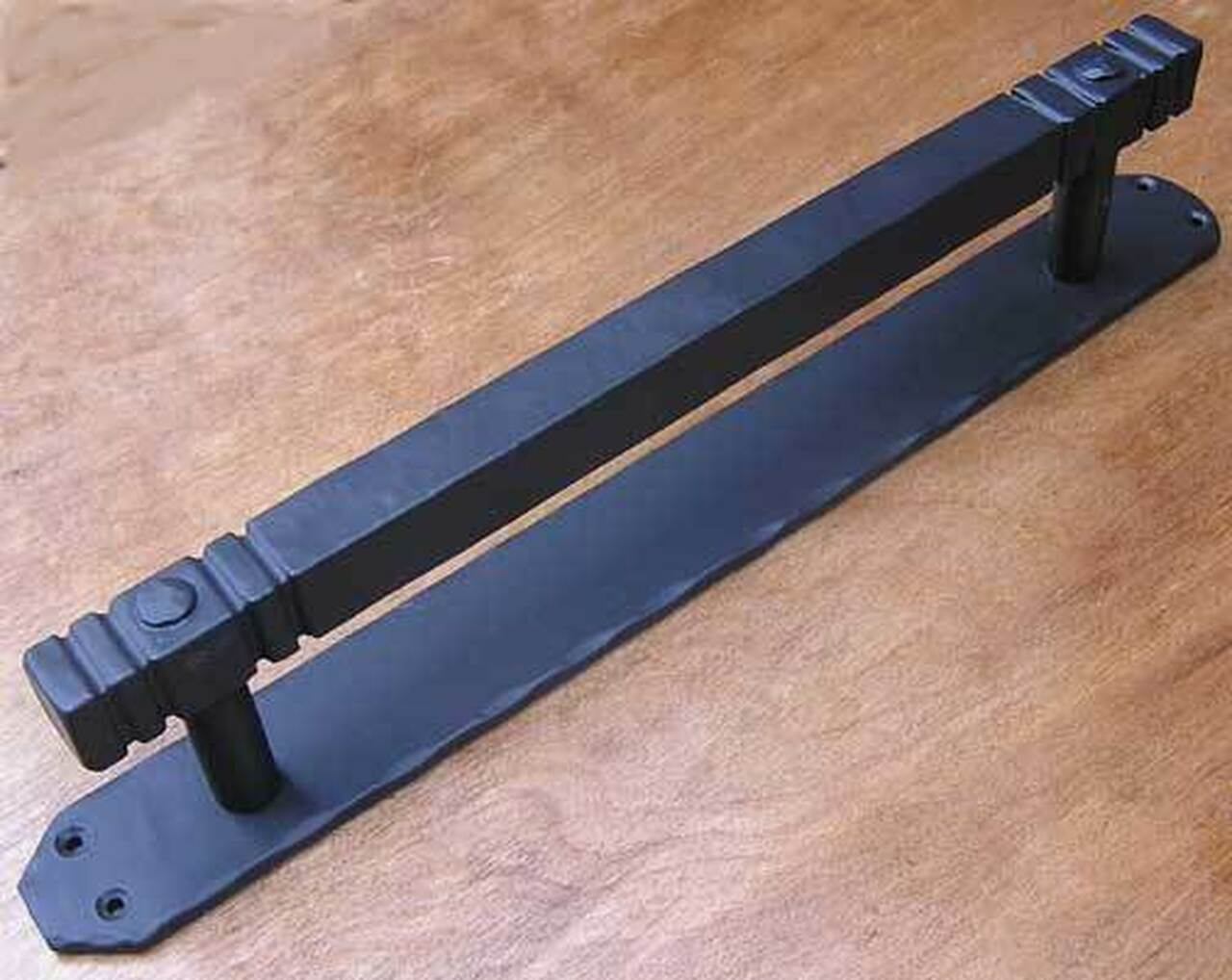 Cuadrado Extra Large Iron Door Pull Handle 360 Yardware