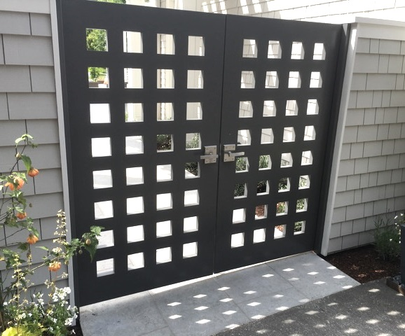 exterior-of-double-courtyard-gate-with-stainless-steel-alta-modern-gate-latch-and-dummy-handle.jpg