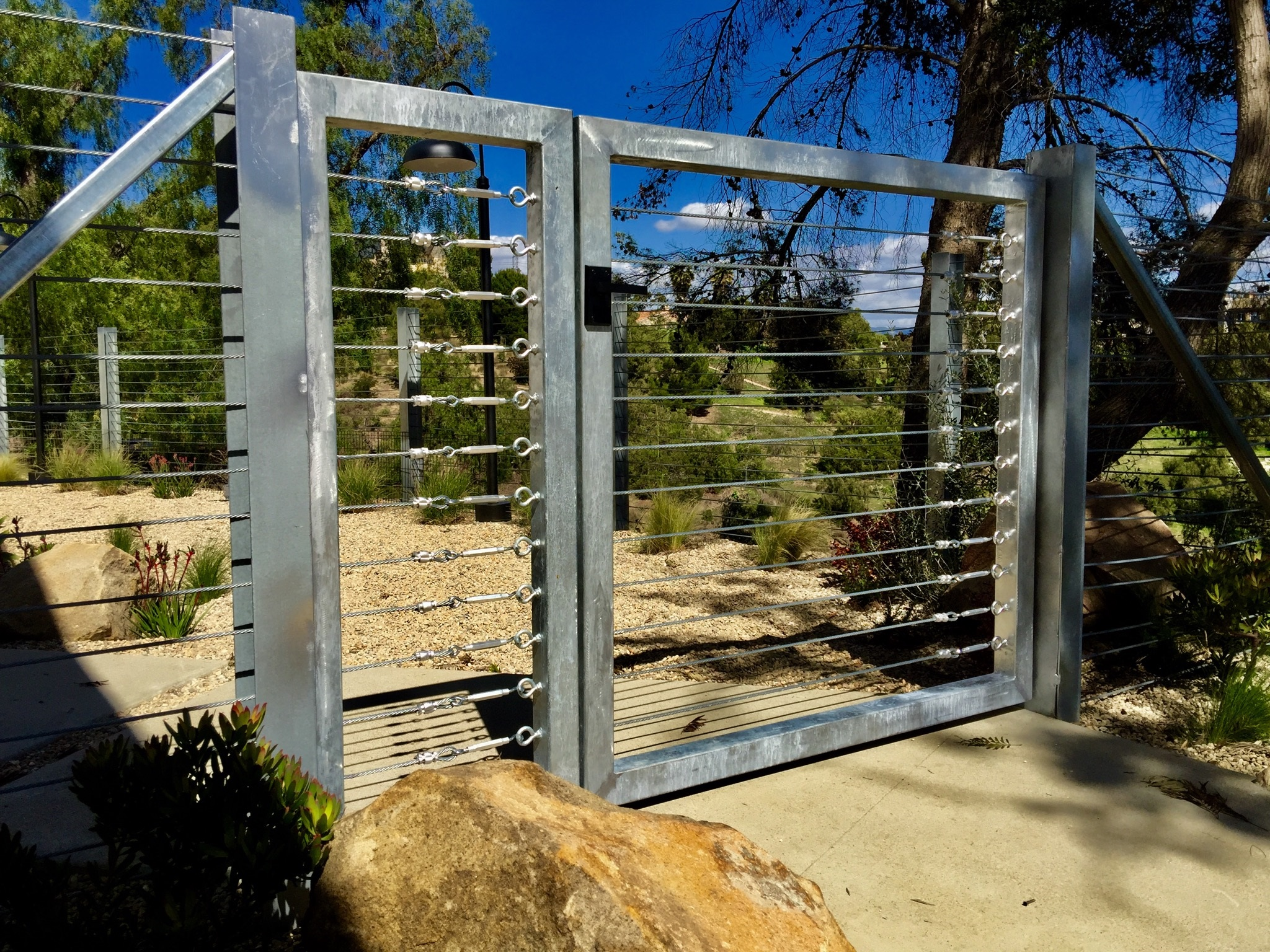 stainless-steel-gate-fence-with-nero-modern-gate-latch.jpg