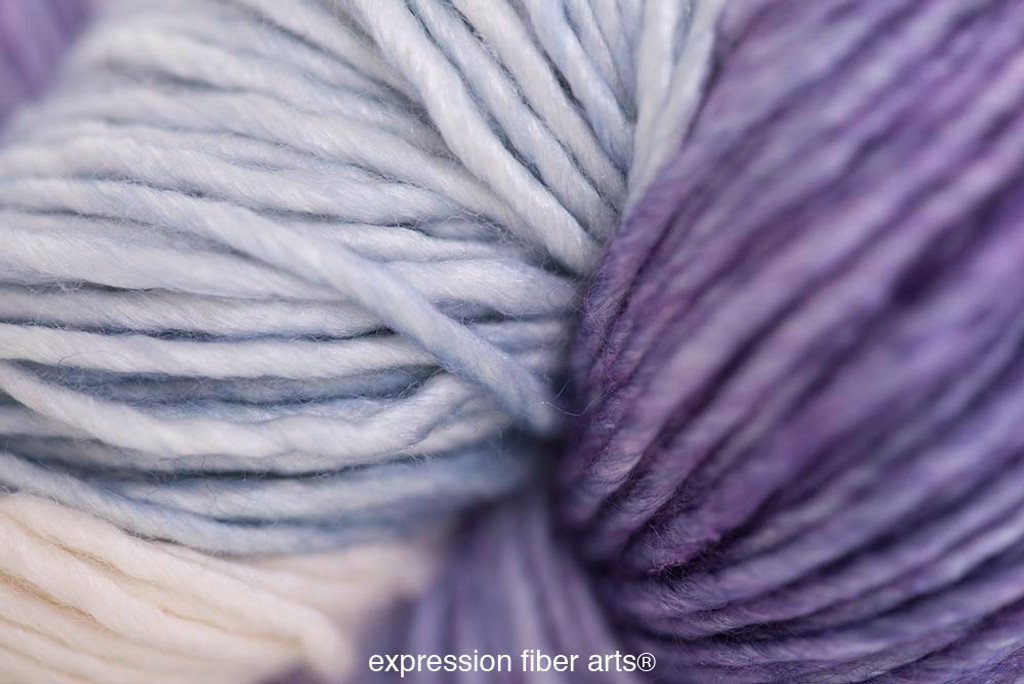 MOTHER OF PEARL SUPERWASH MERINO SILK PEARLESCENT WORSTED
