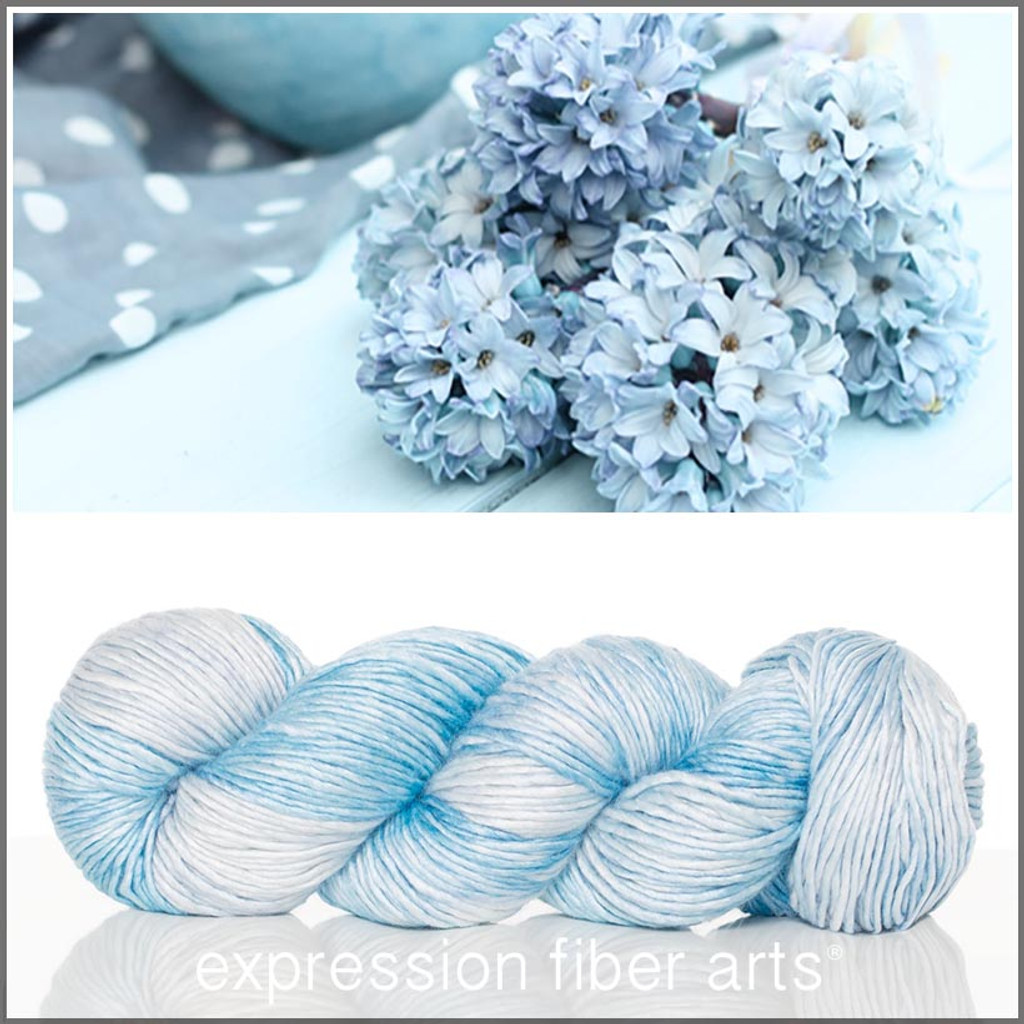 SHABBY BLUE 'PEARLESCENT' WORSTED