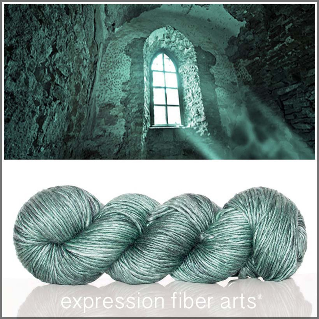 UNSOLVED MYSTERY 'PEARLESCENT' WORSTED
