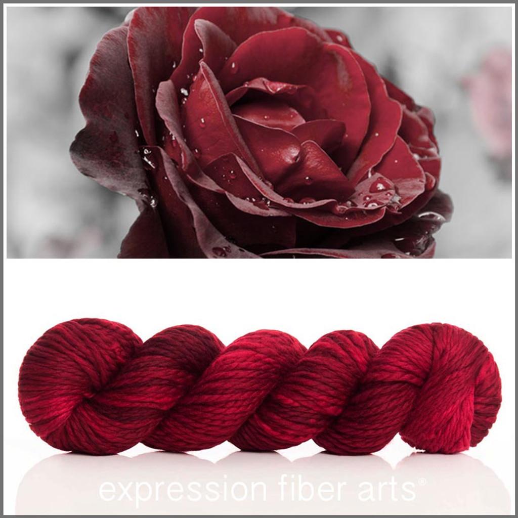 RED VELVET ROSE 'BUTTERY' BULKY