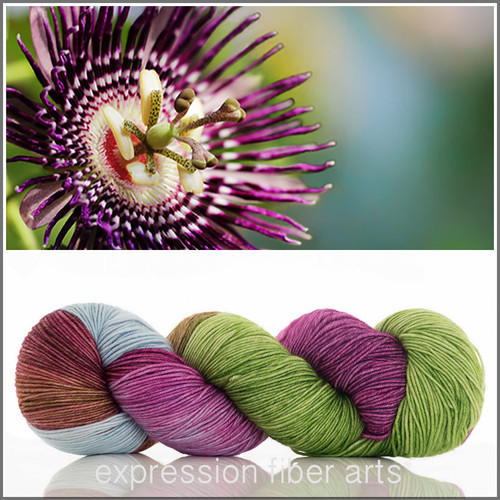 PASSION FLOWER 'RESILIENT' SOCK