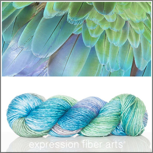 FEATHER TEXTURE 'PEARLESCENT' WORSTED