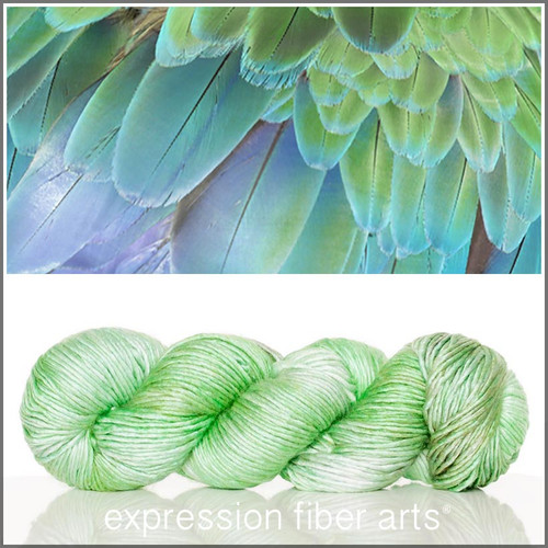 PISTACHIO FEATHER TEXTURE 'PEARLESCENT' WORSTED