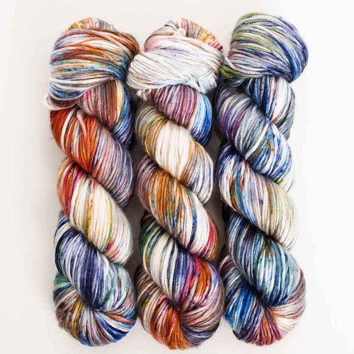 TEST KIT 96 'PEARLESCENT' WORSTED  - 3 skeins