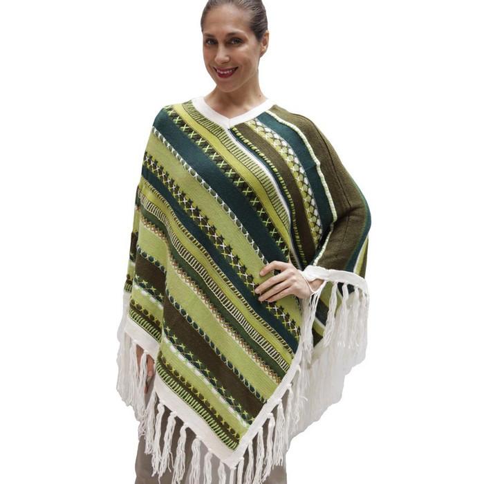 Womens Superfine Alpaca & Merino Wool Embroidered Poncho One Sz (32P-013-004)