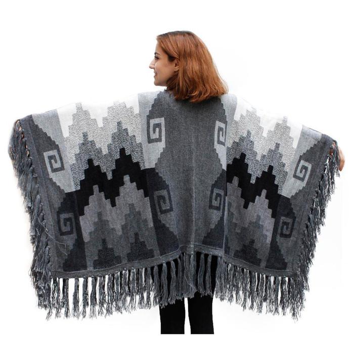 Womens Superfine 100% Alpaca Wool Intarsia Handmade Ruana Wrap
