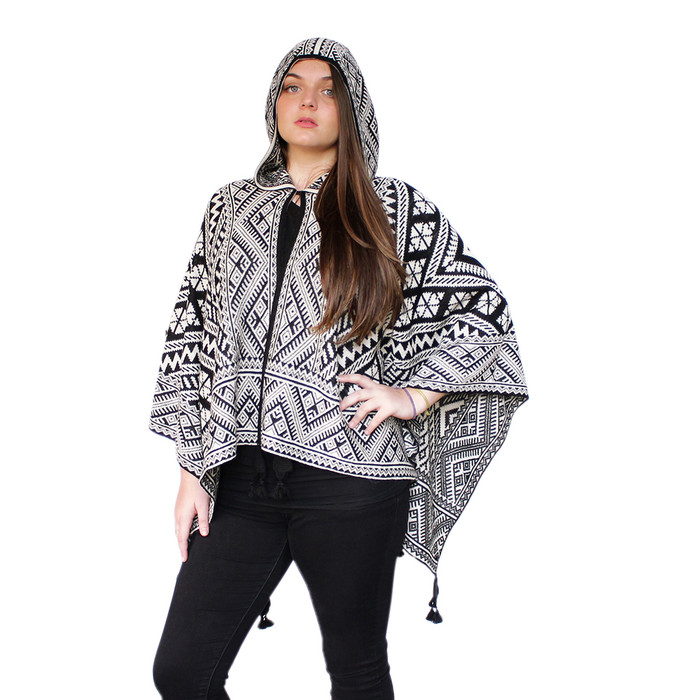 Women's 100% Baby Alpaca Wool Hooded Knitted Andean Design Ruana Cape Wrap