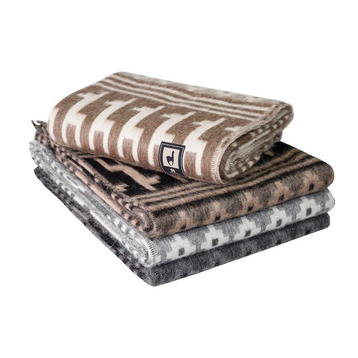 Alpaca Wool Blanket Throw Little Llamas Design Warm Soft Andes Peru
