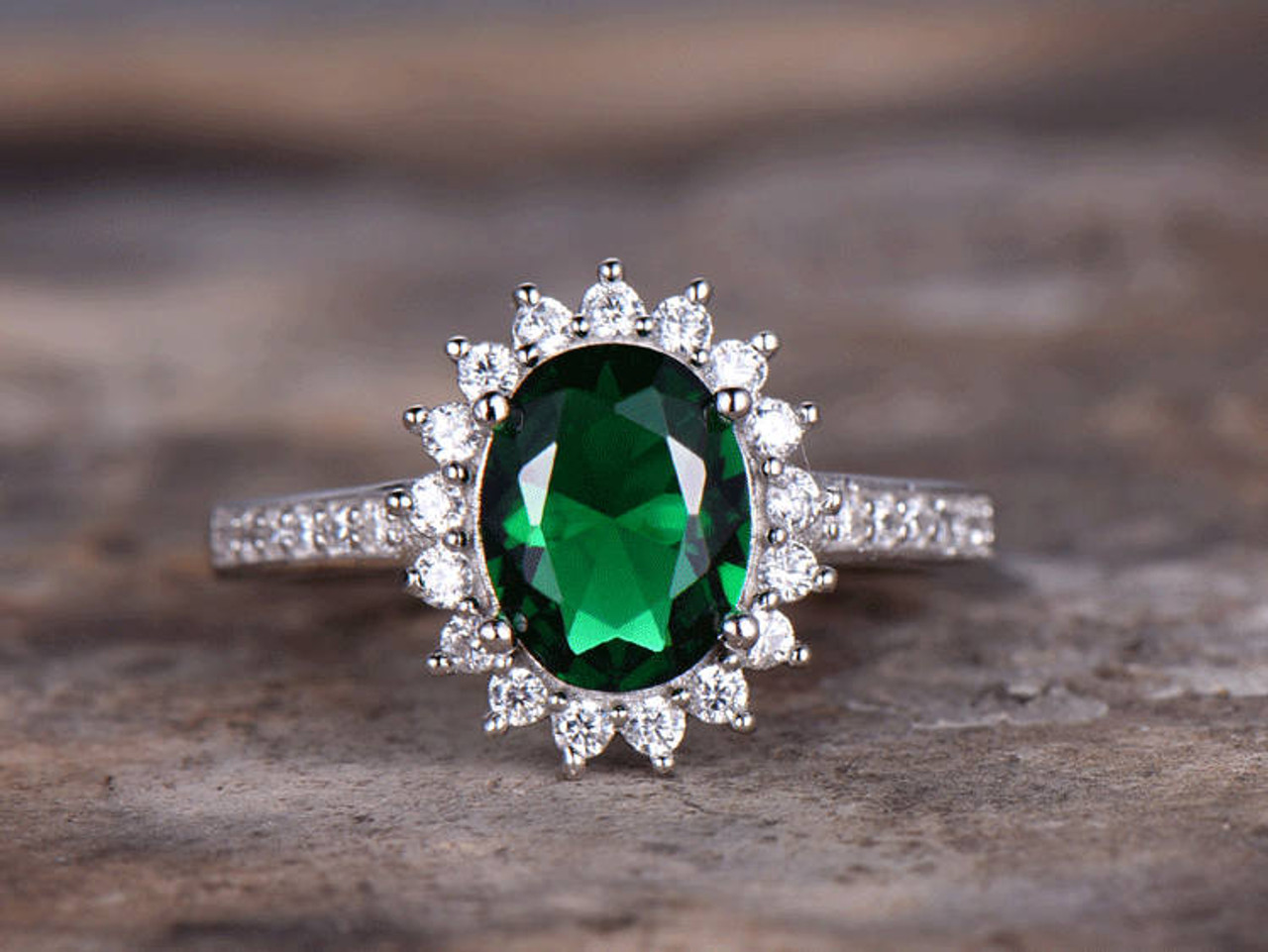 Emerald Engagement Ring 6x8mm Oval Cut Vintage Emerald
