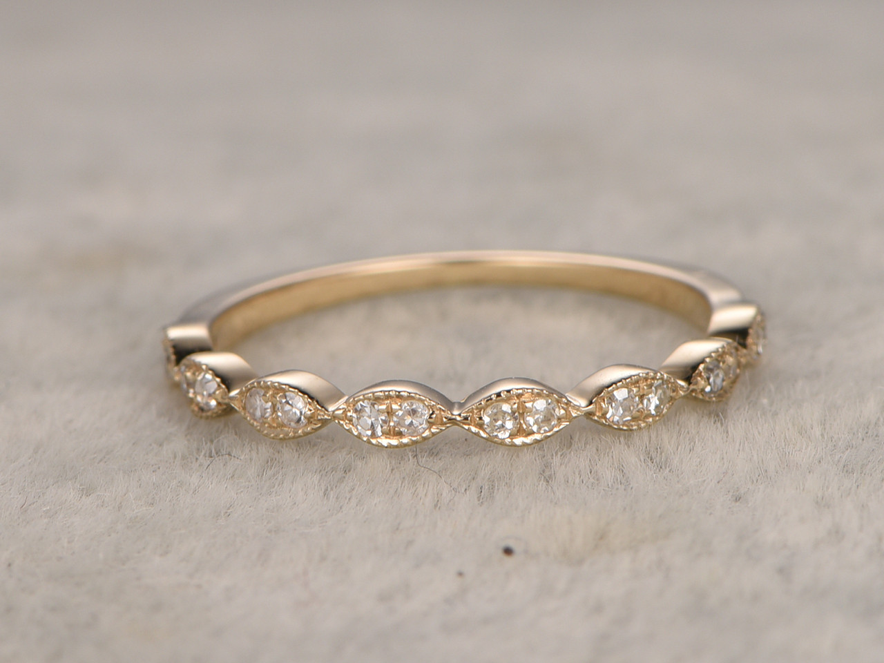 jewelry diamond eternity white bands gold dp amazon trellis com ring band yellow wedding