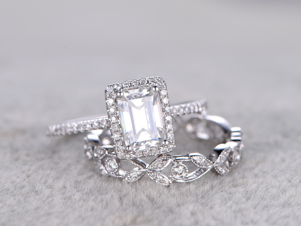 ring moissanite wedding round engagement watch carat youtube rings