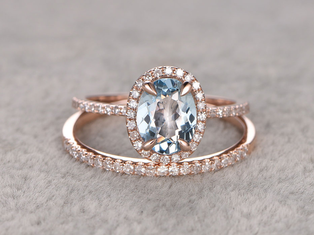 Genial Aquamarine Bridal Ring Set