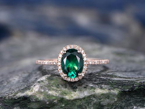 6x8mm-oval-cut-emerald-wedding-ring-set