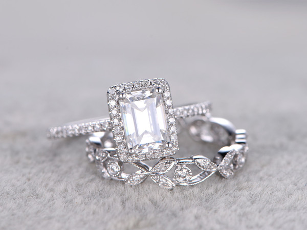 2pcs Radiant Cut Moissanite Engagement Rings Sets Diamond Matching Band White Gold Flower Art Deco Stacking 14K/18K