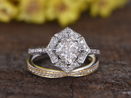1 carat cushion cut moissanite engagement ring set diamond