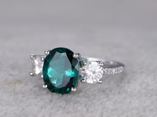 2 5 Carat Emerald Diamond Engagement Ring Moissanite