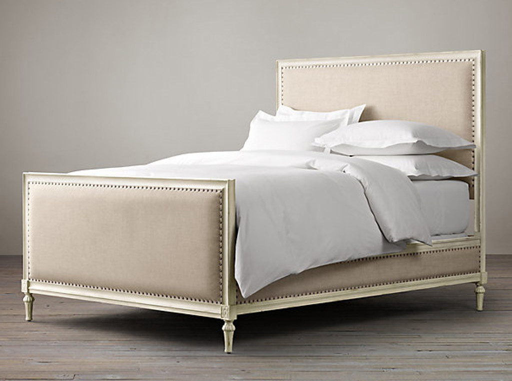 Bordeaux Upholstered Queen Bed Set (White)