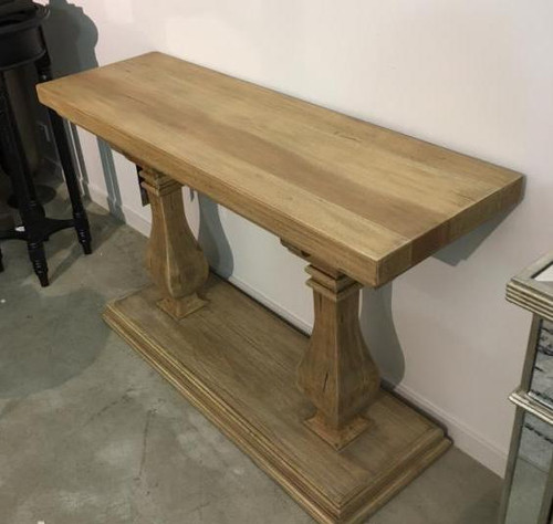 Bayside Entry Console - Vintage Birch