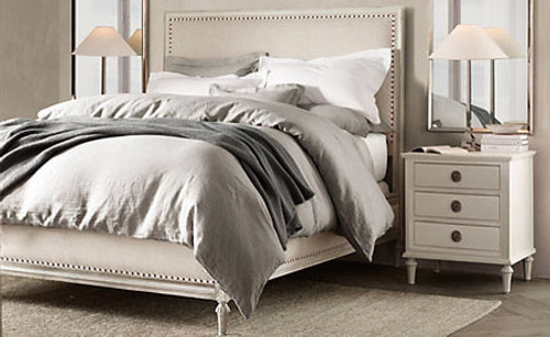 Bordeaux Queen Bed Suite Package (A/White)