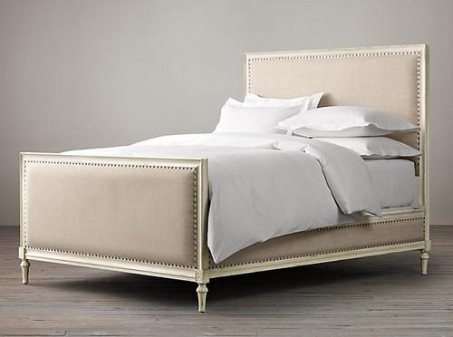 Bordeaux Upholstered Queen Bed Set (Matt White)