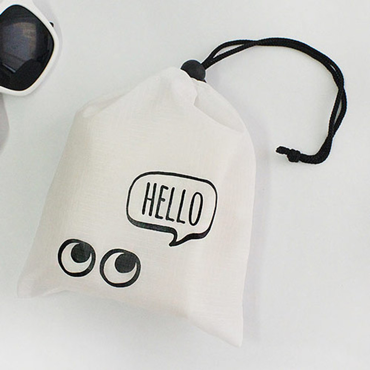 Afternoon Hello Sweet Drawstring Small Pouch Fallindesign