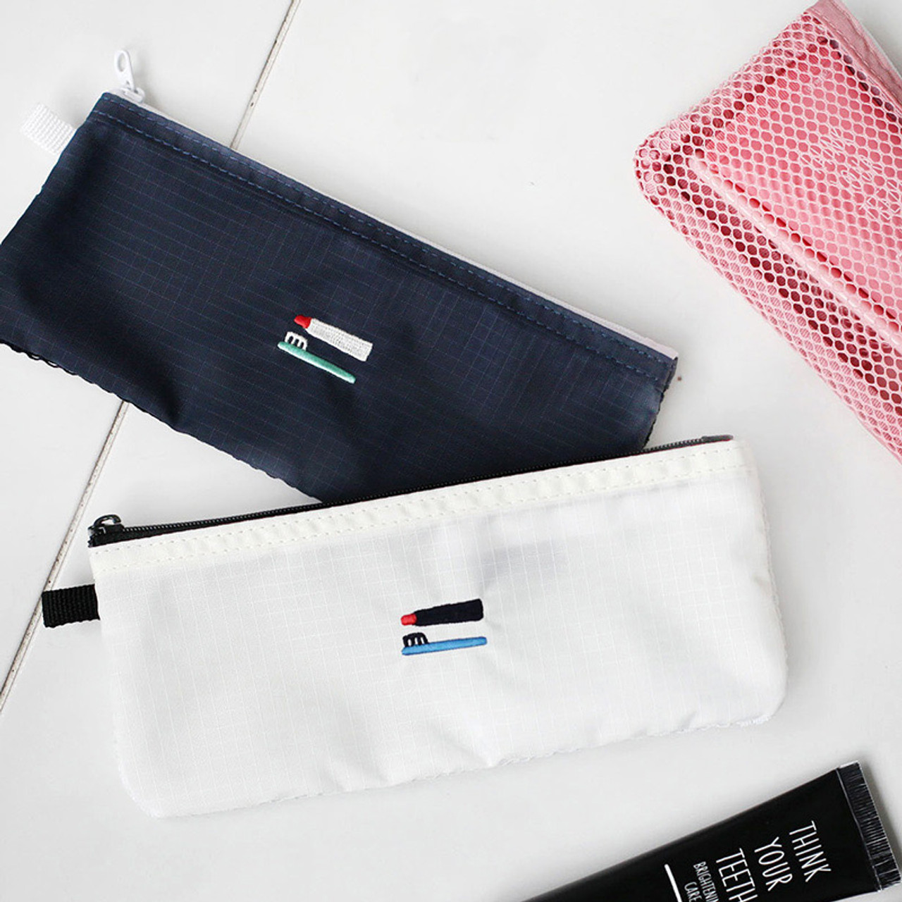 2nul Travel Toothbrush Slim Zipper Mesh Pouch Fallindesign