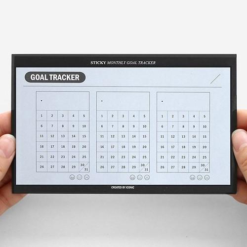 Monthly goal tracker sticky notepad